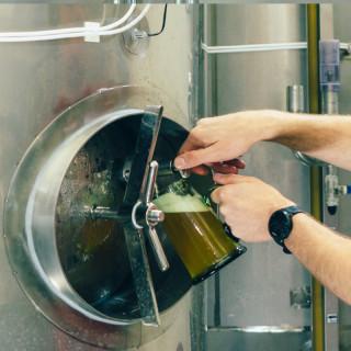 """Zážitek """"Soukromá exkurze pivovaru s degustací v doprovodu majitele"""" (3-5 os.)"""